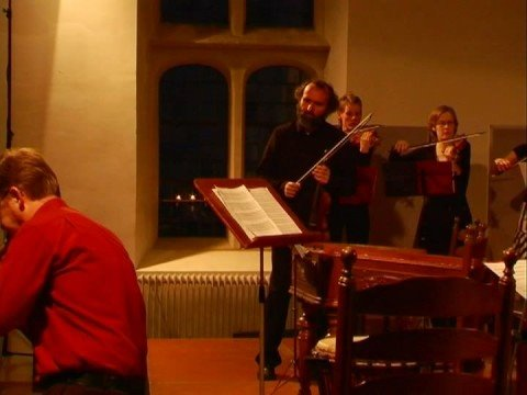 Holland Baroque Society and Milos Valent play baroque and folk music