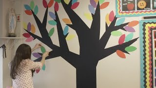 How to Make a Vinyl Wall Tree