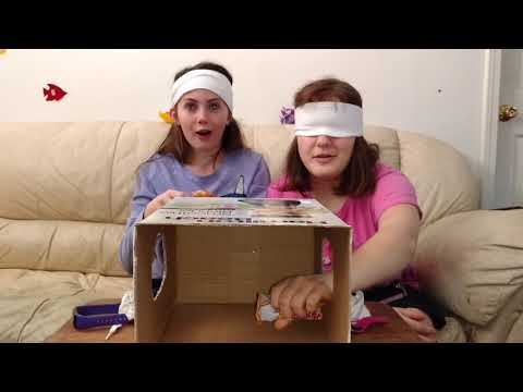 What's in the box challenge! With worms!