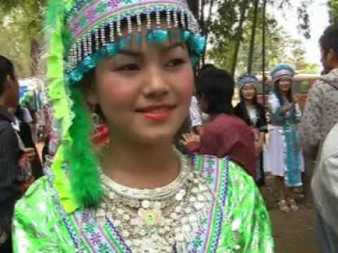 Tab Hawj at hmong new year 2010 Lak 10