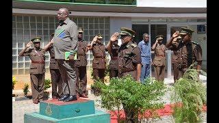 Lugola awapa Ujumbe Magereza, Apiga marufuku Askari wa Usalama Barabarani kunyanyasa Madereva