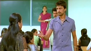 Sudeep come his sister college and Ramya saw Sudeep in College | Kannada Junction