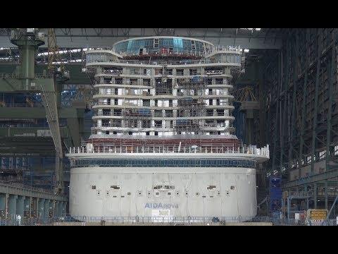 Fertig zum Ausdocken   AIDAnova   Bau des ersten LNG Kreuzfahrtschiffes der Welt