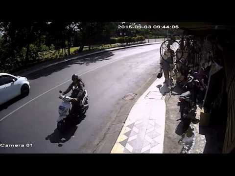 Daylight Robbery Bali Indonesia. Caught on CCTV FIFA Vision