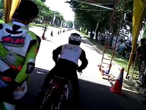 Rx-king YMS palembang dragbike gubernur april 2013