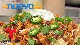 Receta de cocina: aprende a cocinar nachos de pollo y chorizo  Un Nuevo Día  Telemundo
