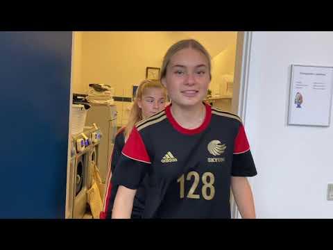 Skyum rundvisning - Profilfag Pigefodbold