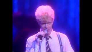 David Bowie- China Girl [Serious Moonlight Tour]