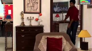 CID Officer Vineet Gets Arrested - Episode 866 - 25th August 2012