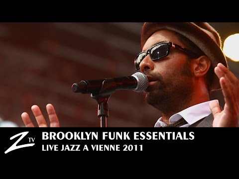 Brooklyn Funk Essentials - Jazz à Vienne 2011 (Official)