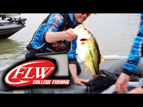 HUGE College Fishing Tournament GIANT Bass Caught!!!