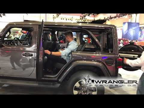 2018 Jeep Wrangler JL Power Sliding Top Side Window Removal Demonstration