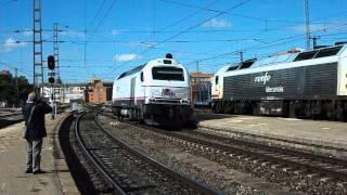 Renfe Viajeros - 334.012 en Medina del Campo para realizar el tren especial 150 aniversario a Zamora