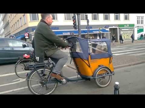 Copenhagen Cycling Rush Hour: Counter Rush Down Nørrebrogade