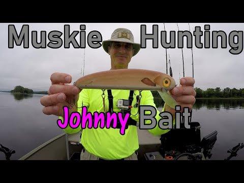 "Muskie Hunting On The ""Johnny"" June/July-2018-Underwater Views!"