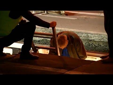 شاهد: فنان أسترالي يُدفن حيا لمدة 72 ساعة  - 16:21-2018 / 6 / 15