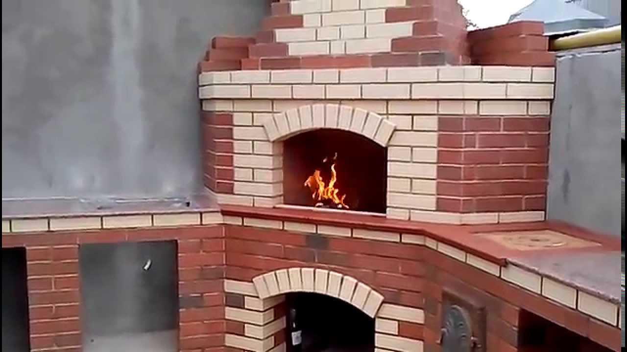Мангалы барбекю из кирпича угловые фото проекты коттеджей двухэтажные и пристройка барбекю
