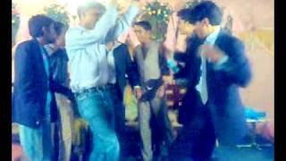 ahson sahadi...part 1..everybody on the dance floor