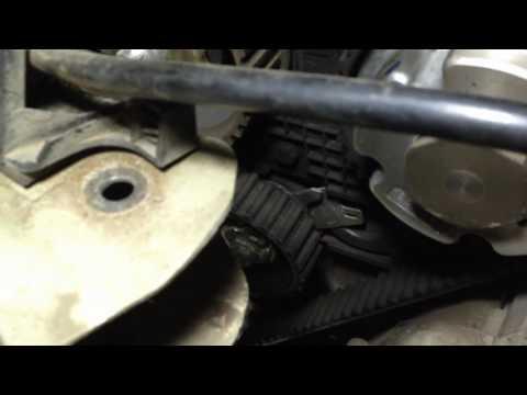 Фото к видео: замена ремня ГРМ Replacing the timing belt
