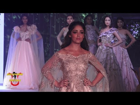 Yami Gautam As Show Stopper For Nishit At The Bombay Times Fashion Week 2018