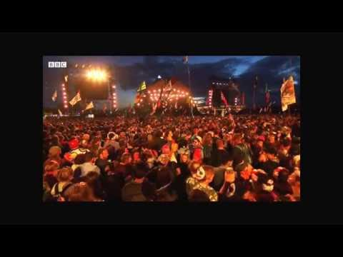 Adele swearing at Glastonbury