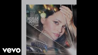 Norah Jones - It's A Wonderful Time For Love (Live at The Sheen Center)