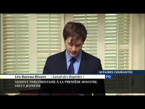 Léo Bureau-Blouin dépose une pétition pour le transport collectif