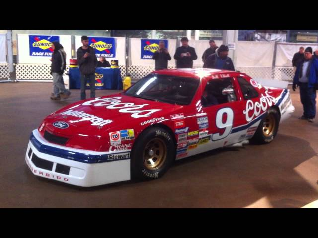Bill Elliott 1987 Ford Thunderbird startup at Simeone Foundation 2/13/16
