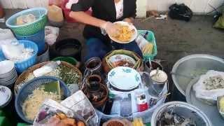 Burmese Street Food Adventures - Bu...