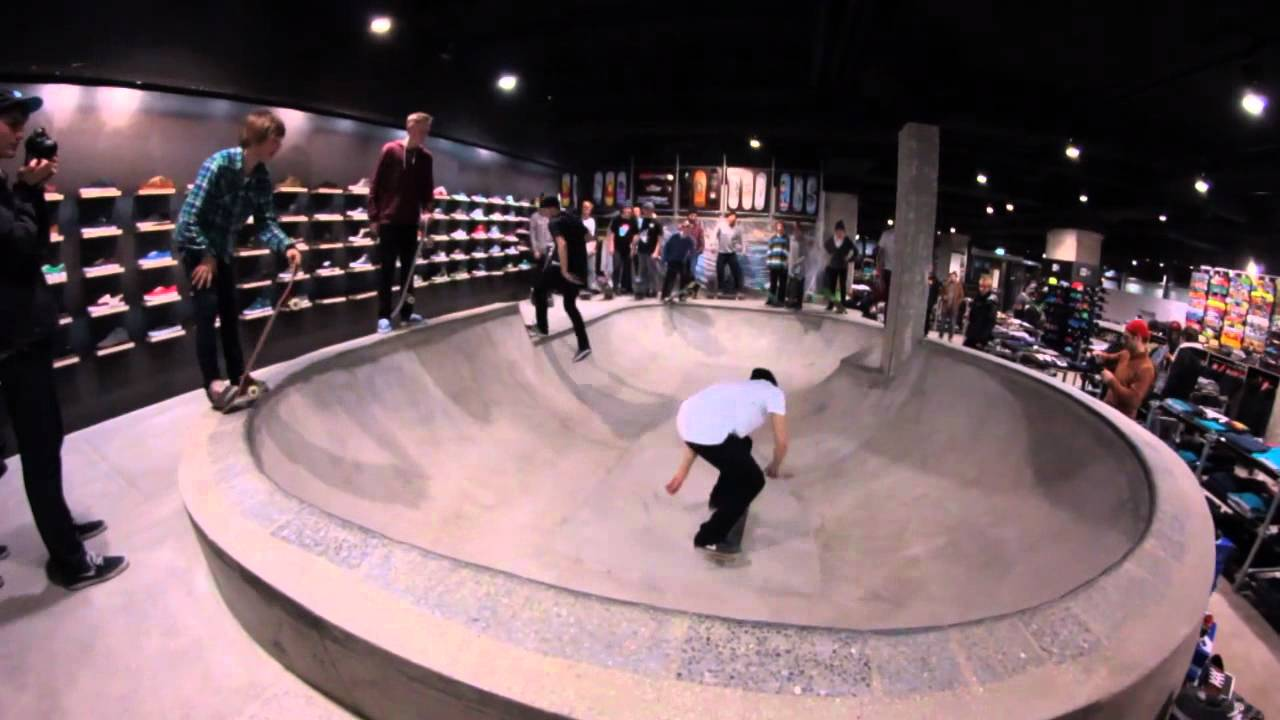ff48438d697b Titus Berlin - New Shop   first Bowlsession - YouTube