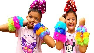 Masal and Öykü are opening a surprise gift funny kids video