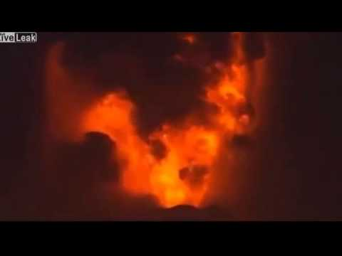 Chile volcano Villarrica eruption spews ash and lava