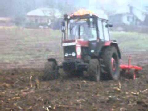 Mezőgazdasági kölyök eke akasztani