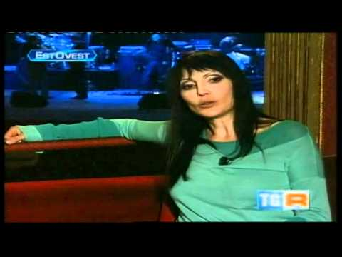 Anna Oxa parla delle sue origini albanesi - TgR EstOvest (28 11 2010)