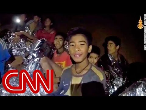 Thai Cave Rescuers Race Against Time As Oxygen Levels Drop