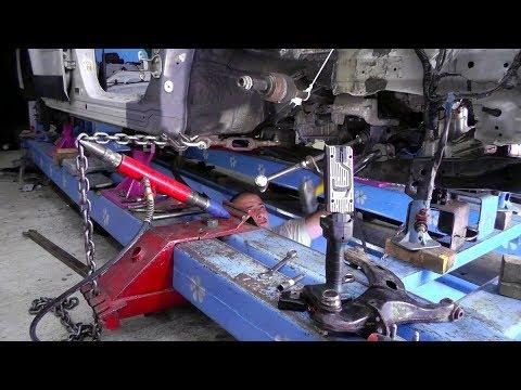 видео: Outback.  Дотяжка подрамника.  Установка бака, задней ходовки, кардана и т.д.