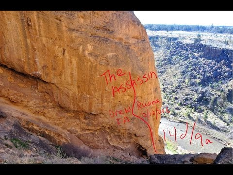 "Drew Ruana redpointing ""The Assassin"" 514d9a at Smith Rocks OR"