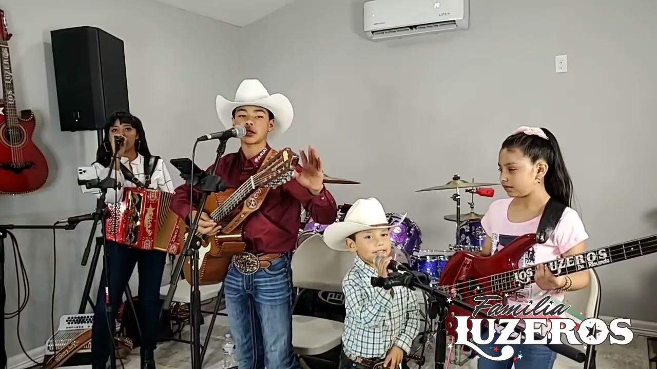 😭Ailyn se puso a llorar😭 con las Canciónes que cantaron!/familialuzeros