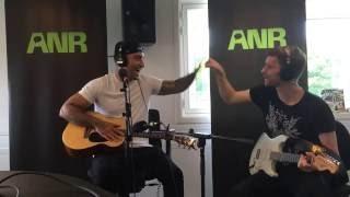 Joey Moe - Smukkest På En Søndag - Live på ANR