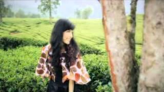 Download Mp3 Icha Zagita - Kasiah Habih Sayang Tak Hilang