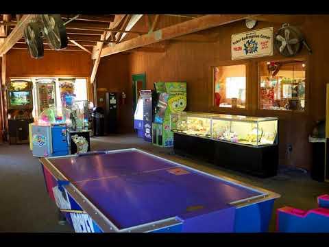 Fremont Jellystone Park Loft Cabin 2 - Fremont (Wisconsin) - United States