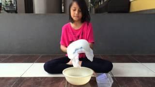 Cara membuat salju dari popok