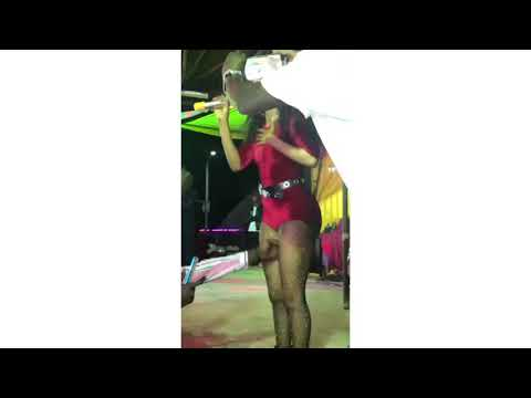 Vinka kicks fan for touching her private parts while performing on stage in South Sudan