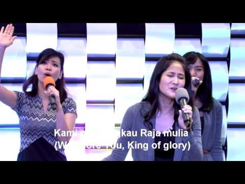 Kau Allah Yang Kudus, worship led by Michelle Kharisma