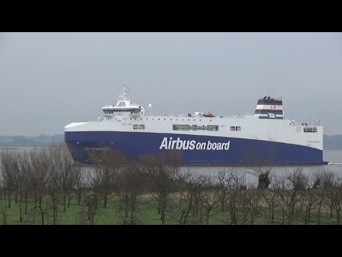 """AIRBUS on Board! Airbus carrier ship """"City of Hamburg"""""""