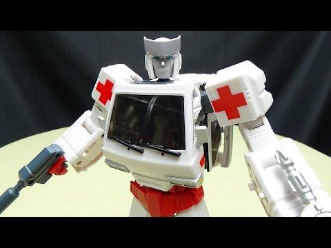 Voodoo Robots SALUS (Masterpiece Ratchet): EmGo's Transformers Reviews N' Stuff