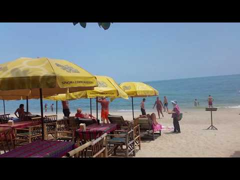 Bamboo Bar and Restaurant on Lamai Beach on Koh Samui in Thailand
