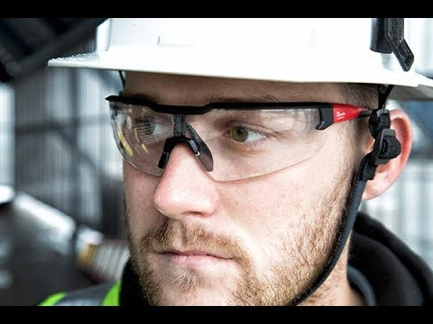 milwaukee-tool-safety-glasses-test