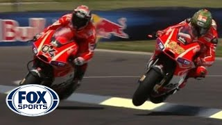 Valentino Rossi and Nicky Hayden Epic Finishes - Indy GP 2013