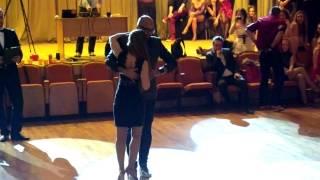 Видео: 2014_02_23 Albir & Ksenia kizomba presentation EKB fest 2014